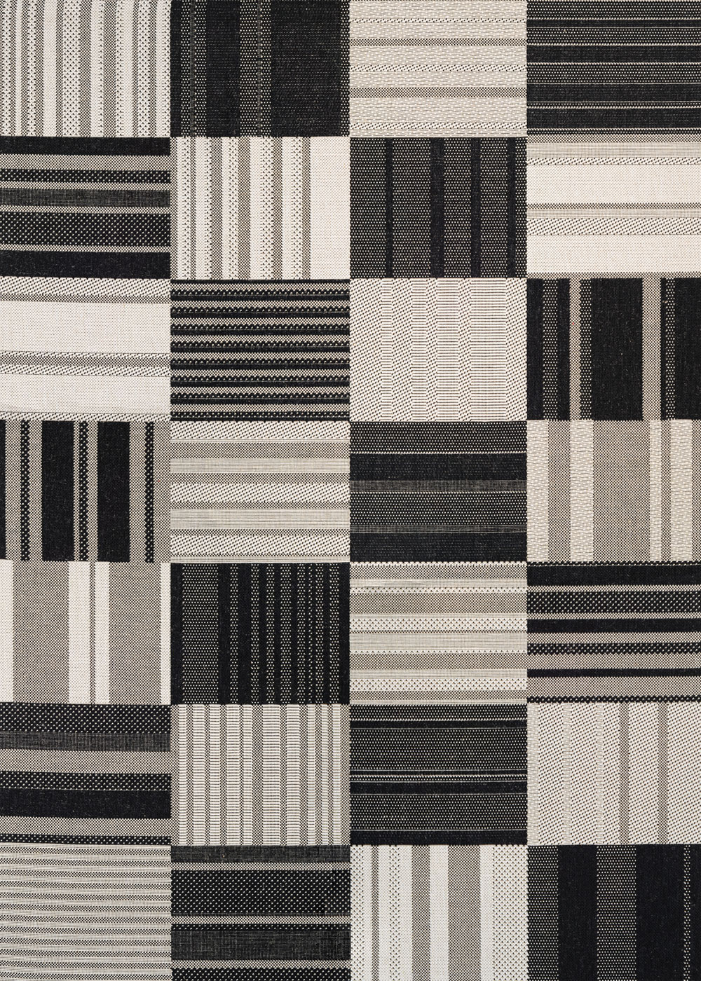 Couristan AFUERA PATCHWORK ONYX/IVORY Rug