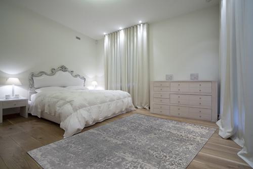 Dynamic TORINO 3313 Light Grey Room Scene
